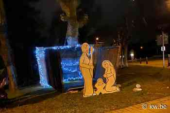 Jozef, Maria en Jezus raken even dak kwijt in Desselgem