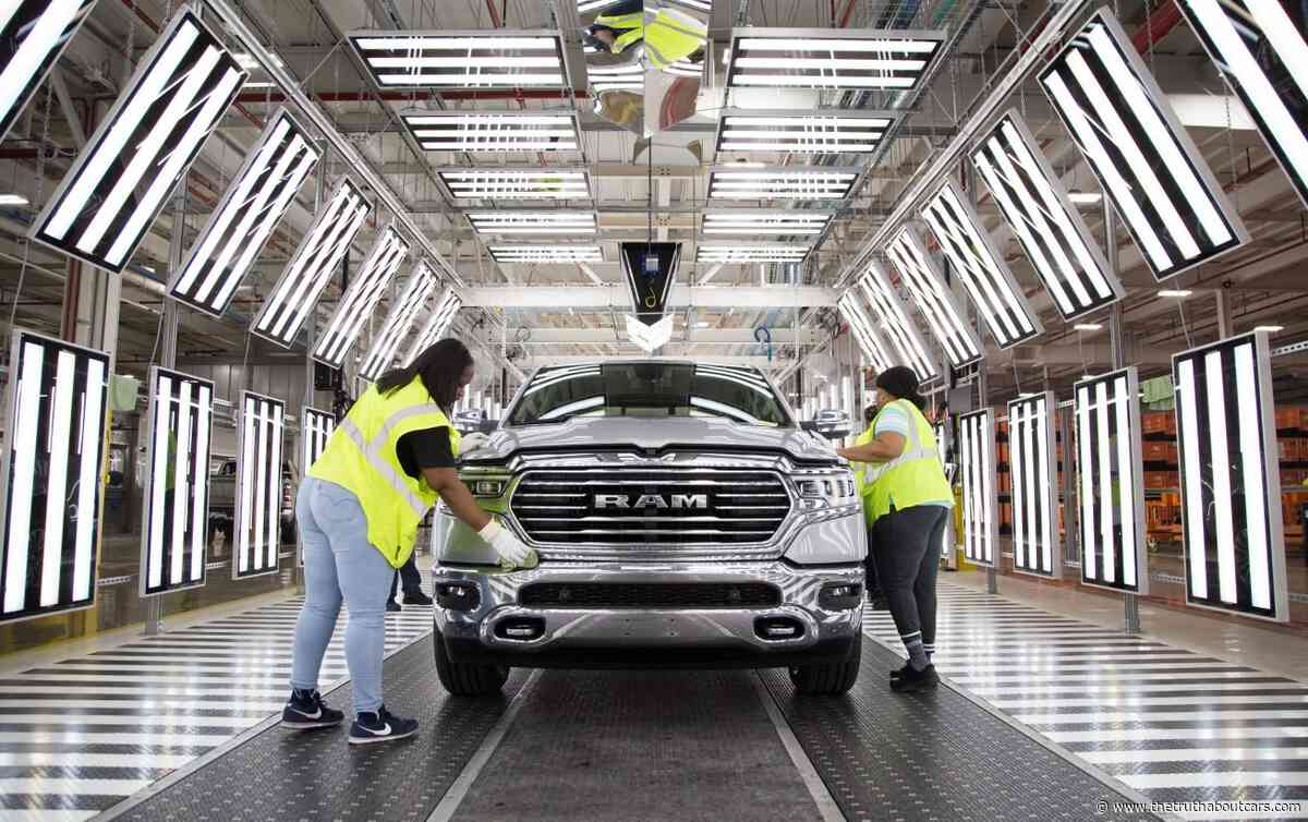 It's a Deal: Fiat Chrysler Workers Ratify UAW Labor Contract