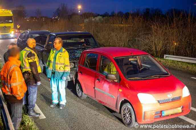 #Wilnis - Drie gewonden bij ongeluk N212 Wilnis