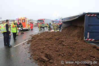 B 303 zwischen Coburg und Ebersdorf wegen Unfall gesperrt