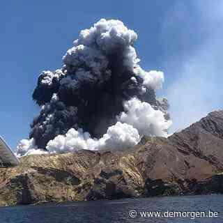 Leger Nieuw-Zeeland begint risicovolle operatie om lichamen bij vulkaan te bergen