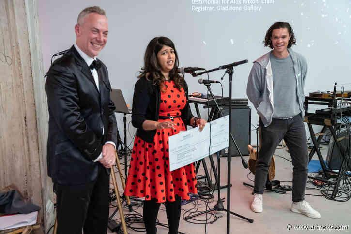Hirshhorn Staffer Nabs 'Registrar of the Year' Award, Gives $5,000 Prize to Smithsonian InternshipProgram