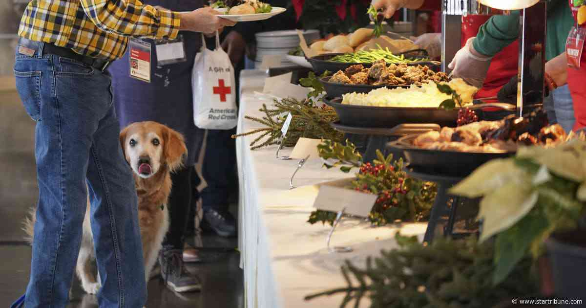 Veterans get a meal, supplies and services at Target Field