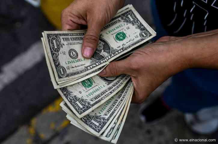 Bajó el precio del dólar por primera vez en el mes