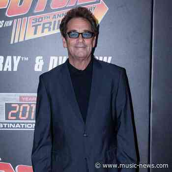 Huey Lewis considered suicide after hearing loss diagnosis