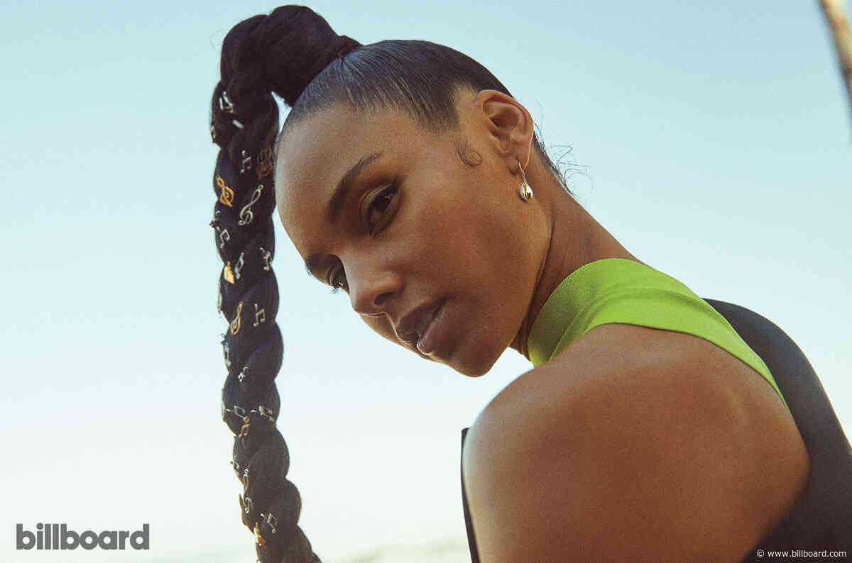Alicia Keys Gets Loose, Celebrates 'Bada-- Artists' at 2019 Billboard Women in Music
