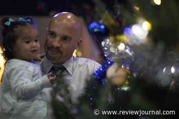 Inmates, families get chance to share Christmas at Las Vegas event