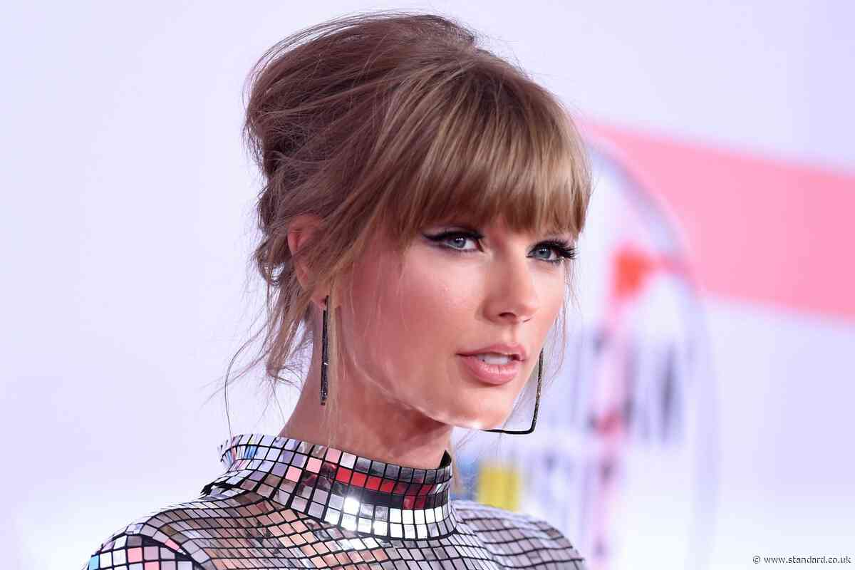 Taylor turns 30: we chart the style evolution of pop princess Taylor Swift