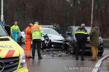 Gewonde en veel schade bij ongeval in Arnhem