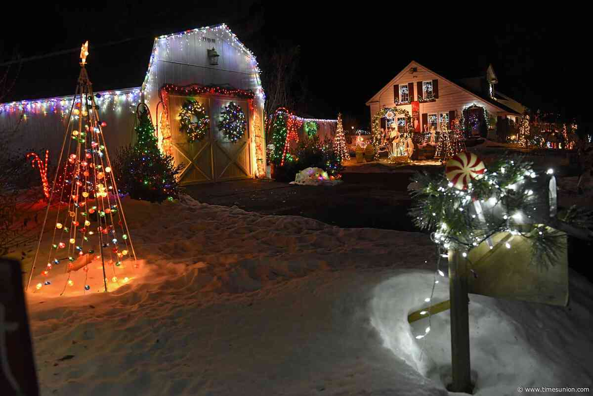 Jason Gough's forecast: Mild day but messy night in Albany area
