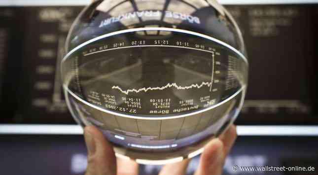 Überraschungen mit Kurspotenzial: Berlusconi, Hightech und Old Economy: Volker Glasers Aktienperlen 2020 aus DAX, TecDAX und MDAX