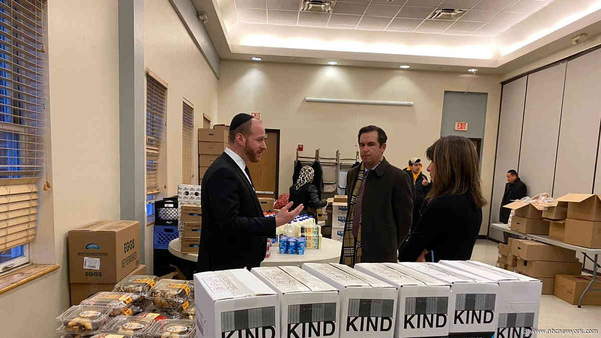 Jersey City Jewish Community Gets Emergency Food Delivery After Shootout