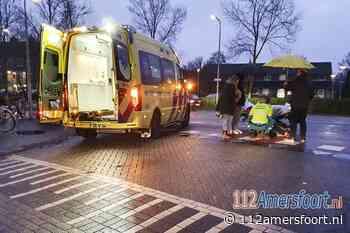 Dame op fiets gewond na aanrijding met scooter bij winkelcentrum Schothorst
