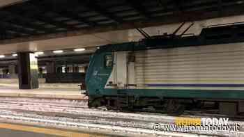 Treni Roma-Civitavecchia, FL5 sospesa: lamiere trasportate dal vento danneggiano linea elettrica