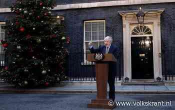 Na de monsterzege is het vrij spel voor de blonde kameleon van Downing Street