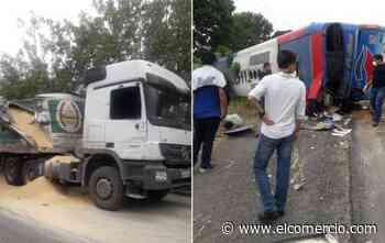 Dos personas fallecidas y ocho heridos, en siniestro en la vía Durán-Boliche