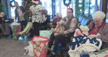 'Be a Santa to a Senior': Edmonton-area seniors surprised with Christmas presents
