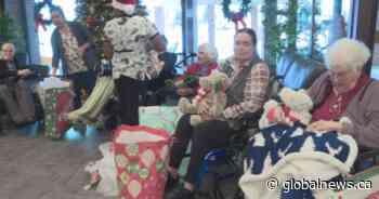 'Be a Santa to a Senior': Edmonton-area seniors surprised with Christmas presents