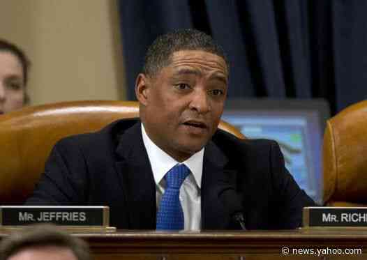 Republicans attack Democratic congressman watching golf during impeachment hearing