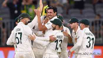 Live: Aussies nearly into New Zealand's tail to start day three in Perth