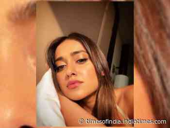 Nargis asks Ileana, 'how to look good in bed'