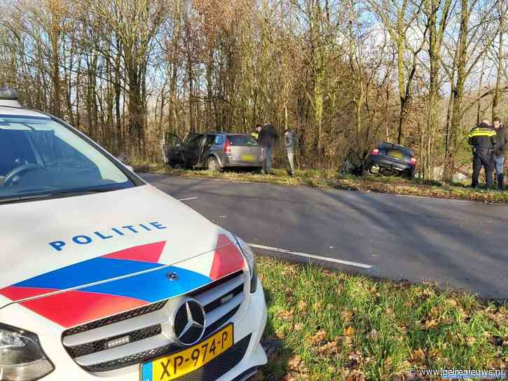 Auto's botsen bij wegversmalling in Bemmel