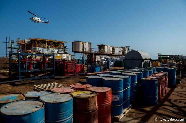 Iran Demands $6 Billion Oil Payment From South Korea: Chosun