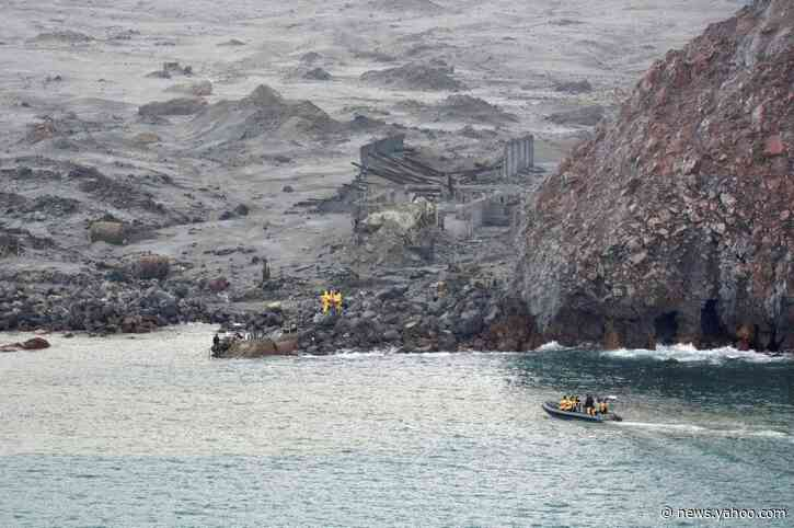 Divers search for remaining bodies from NZ volcanic eruption