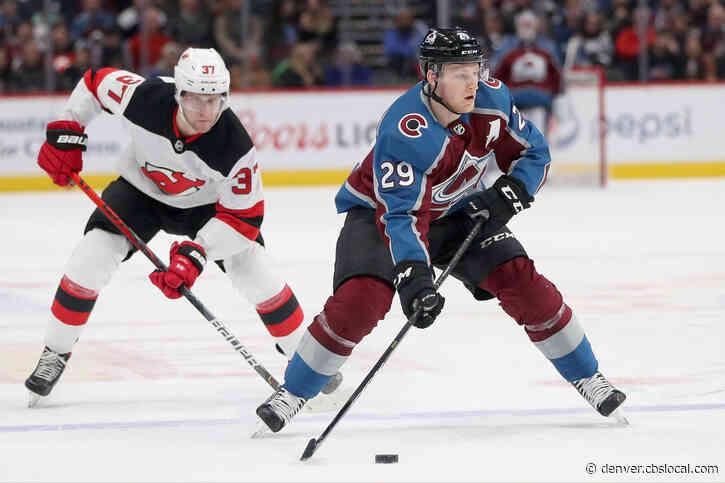 MacKinnon, Francouz Help Carry Avs Past Devils, 3-1