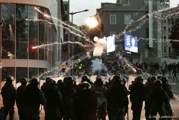 Protracted street clashes engulf Beirut near protest camp