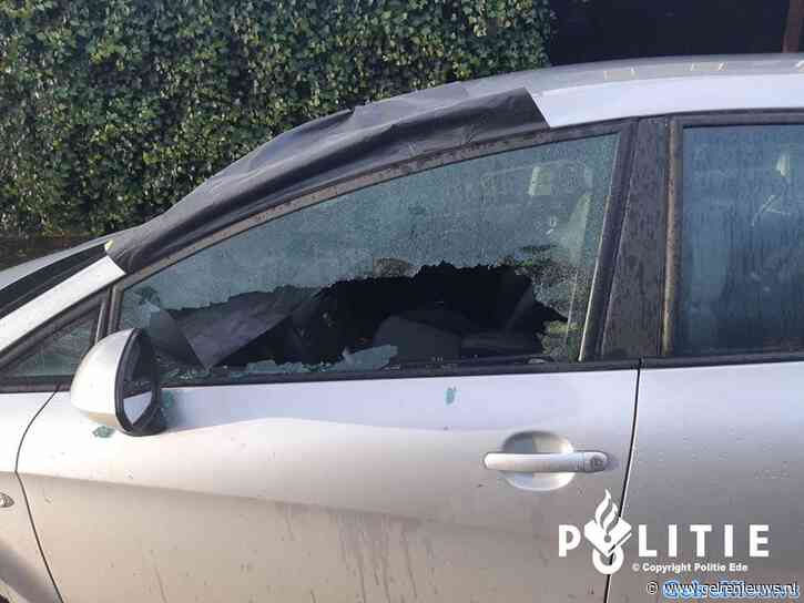 Tenminste 29 auto's beschadigd door ruiten te vernielen