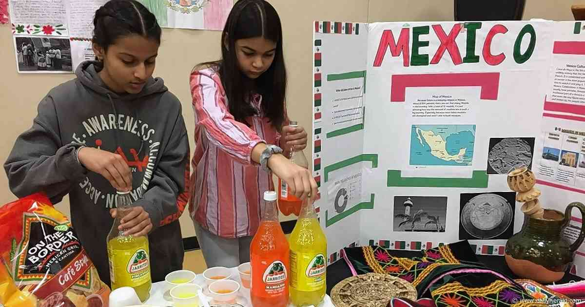 'Islam doesn't have any geographic boundaries': Naperville cultural event shows Muslims' diversity
