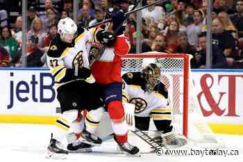 Pastrnak scores 2 goals, Bruins snap winless streak