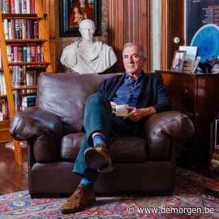 Auteur Robert Harris laat de samenleving ineenstorten: 'De idioot is machtiger dan ooit'