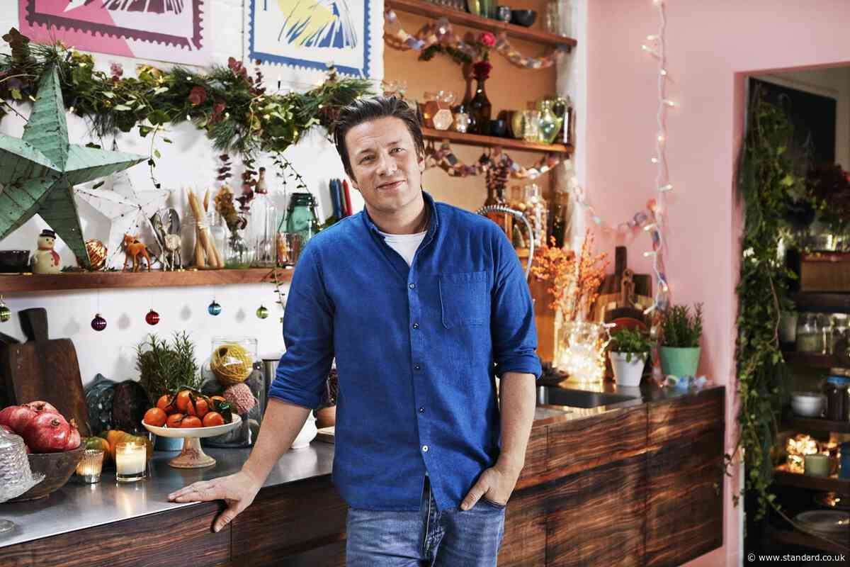 Jamie Oliver's top 5 tips for a successful Christmas dinner