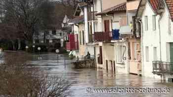 Tausende Haushalte ohne Strom: Zwei Tote bei Unwetter in Frankreich