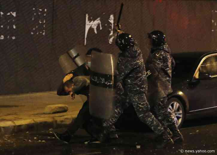 Lebanese burn ruling parties' offices after night of clashes