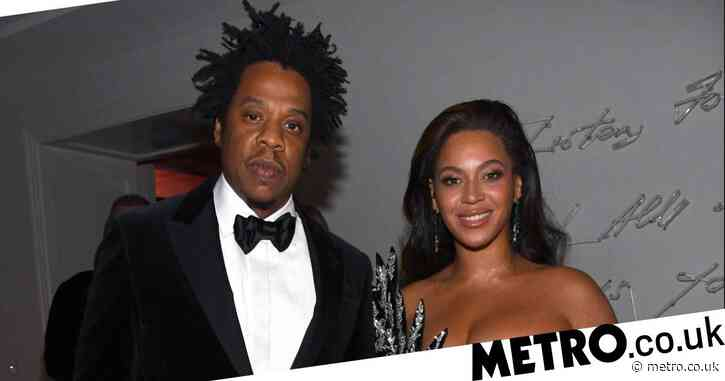 Beyonce rocks dark hair at Diddy's 50th birthday party and we are living for it
