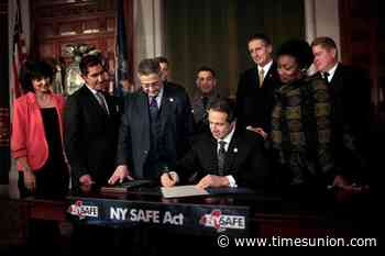 Cuomo: ban guns for those convicted out-of-state