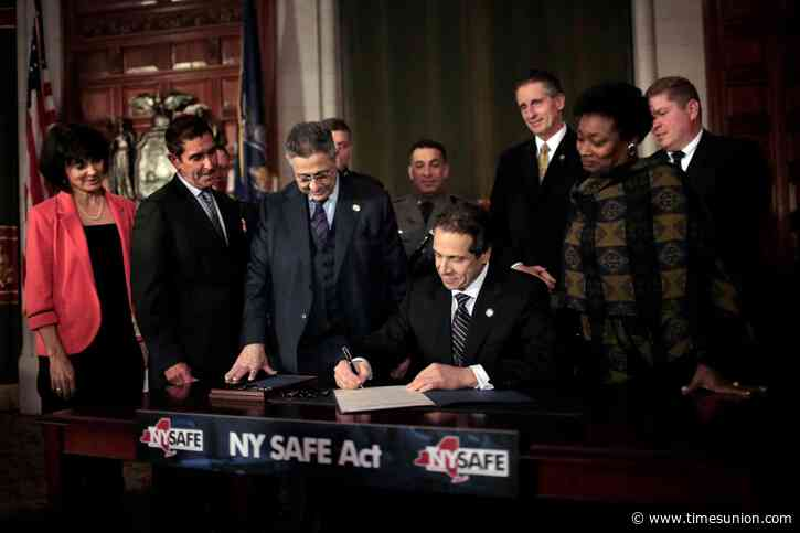 Cuomo proposes gun ban for out-of-state offenders