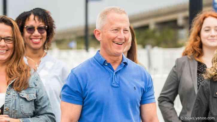 Freshman Dem Jeff Van Drew to Switch Parties over Impeachment