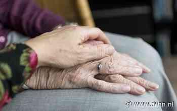Mantelzorgers bespreken in MFC De Mellenshorst in Haren hoe het is voor iemand te zorgen