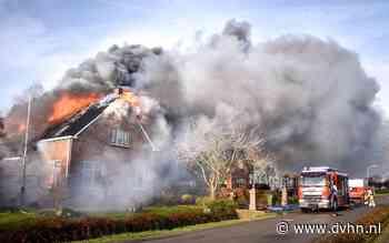 Uitslaande brand legt woning en schuur in Wirdum in as