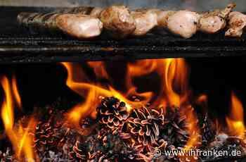Weihnachtsmarkt in Coburg: Bratwurstbude brennt - Griller verletzt