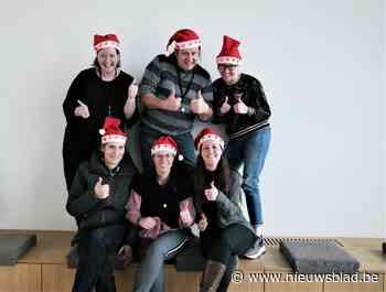 Kerstmutsenverkoop van De Collega's brengt 1.400 euro op