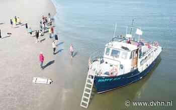 Expeditie naar zandplaat tussen Ameland en Schiermonnikoog ter nagedachtenis aan ramp met MSC Zoe