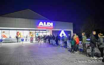Er mag weer vuurwerk verkocht worden, flinke rijen bij Duitse Aldi en Lidl