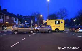 Botsing tussen twee auto's in Groningen