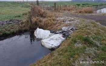 Twee grote zakken asbest gedumpt bij natuurgebied Lettelberterpetten