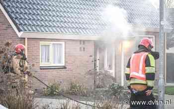 Frituurpan vat vlam in woning in Niekerk